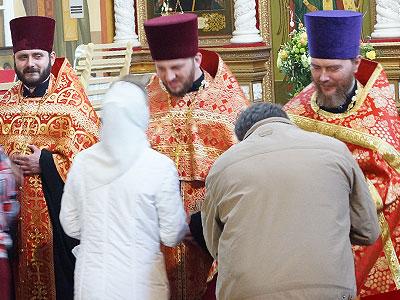 Митрополит Вадим возвел в сан протоиерея клириков Иркутской епархии