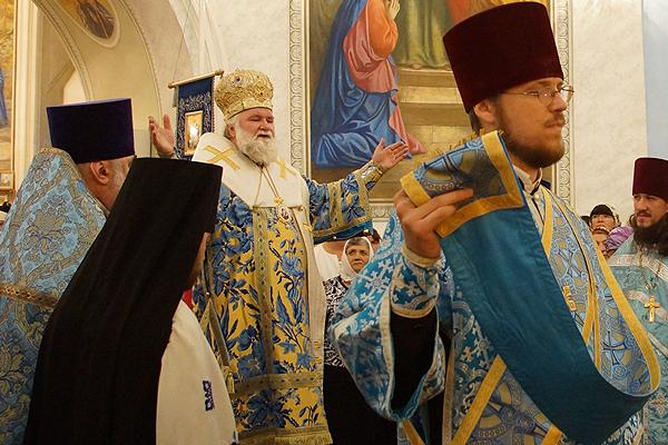 Празднование Казанской иконе Божией Матери. Архиерейское служение в Тельме